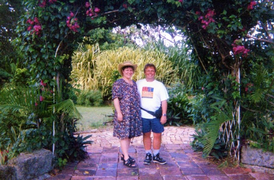 Sunbury Plantation House garden 2001